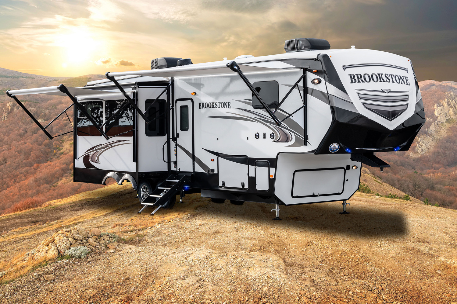Brookstone Fifth Wheels by Coachmen RV